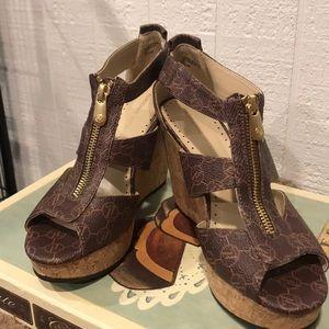 Adrienne Vittadini Platform Sandal